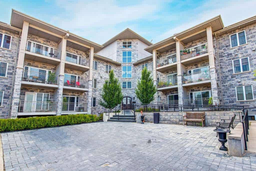 Patry inc apartment rentals kingston kingston apartment rentals for 3 bedroom house for rent kingston ontario